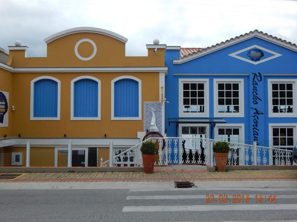 BRASIL . SANTA CATARINA . Florianópolis: Rancho Açoriano, no Ribeirão da Ilha – Tradição de Boa Mesa.