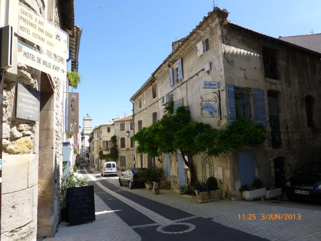 FRANÇA . SAINT-RÉMY DE PROVENCE . O Que Há Para Ver Na Cidade Onde Nasceu Nostradamus.