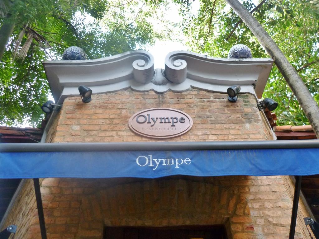 BRASIL . Rio de Janeiro: Olympe – O restaurante de M. Troisgros.