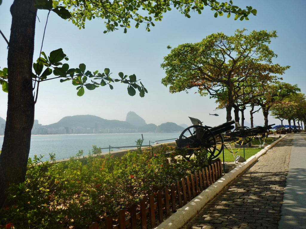 BRASIL . RIO DE JANEIRO (Cidade) . Forte de Copacabana . Lugar Prá Você Curtir De Montão: Lindas Paisagens, Museu e Bons Restaurantes.