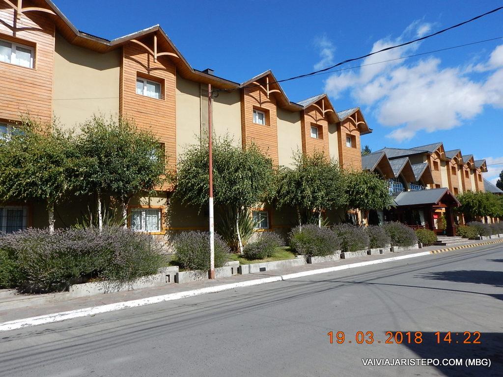 ARGENTINA . EL CALAFATE: Quijote Hotel.