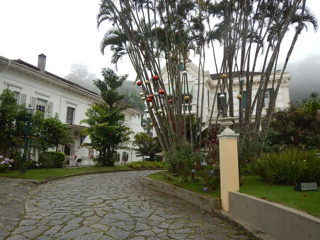 BRASIL. RIO DE JANEIRO, RJ. PETRÓPOLIS. Hotel Casablanca Imperial: Bom e Bem Localizado